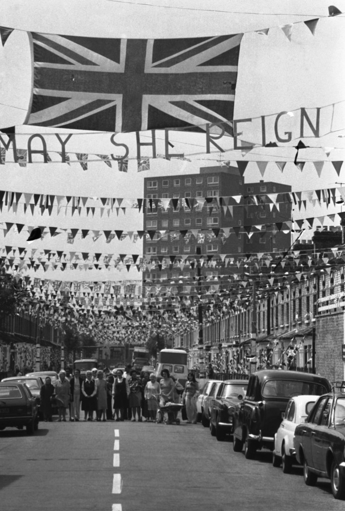 Understated commemorations in Prothero Road, Fulham