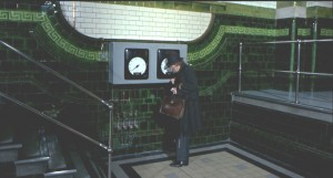 Now, where is this, actually? Sloane Square tube?